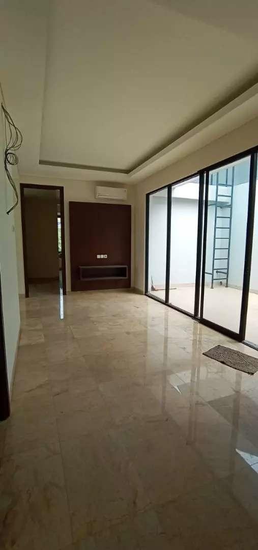 Rumah mewah di Pondok Indah Jakarta Selatan - 13