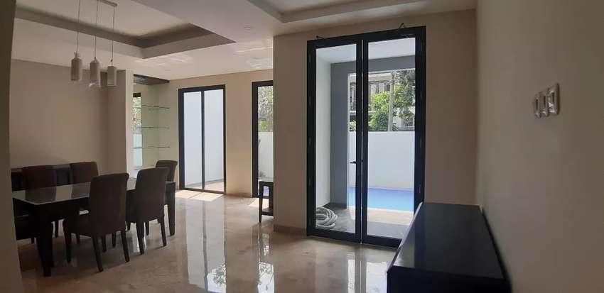 Rumah mewah di Pondok Indah Jakarta Selatan - 3