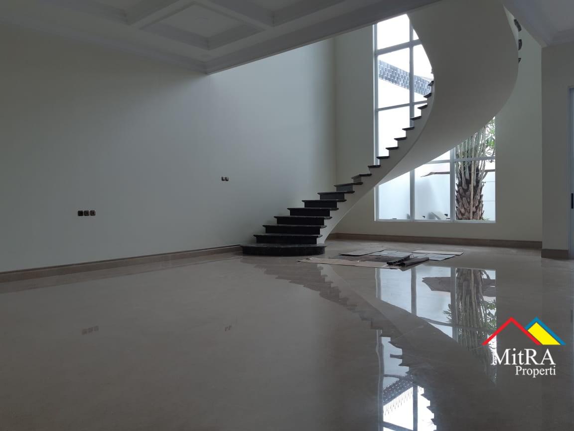 Rumah Super Mewah Classic di Pondok Indah Jakarta Selatan - 8