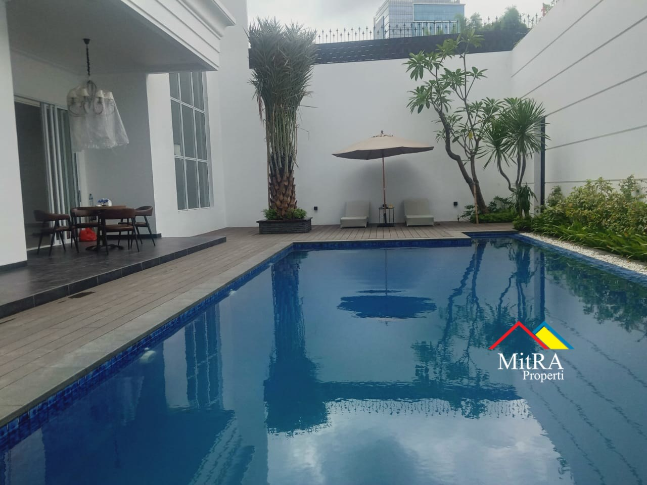 Rumah Super Mewah Classic di Pondok Indah Jakarta Selatan - 3