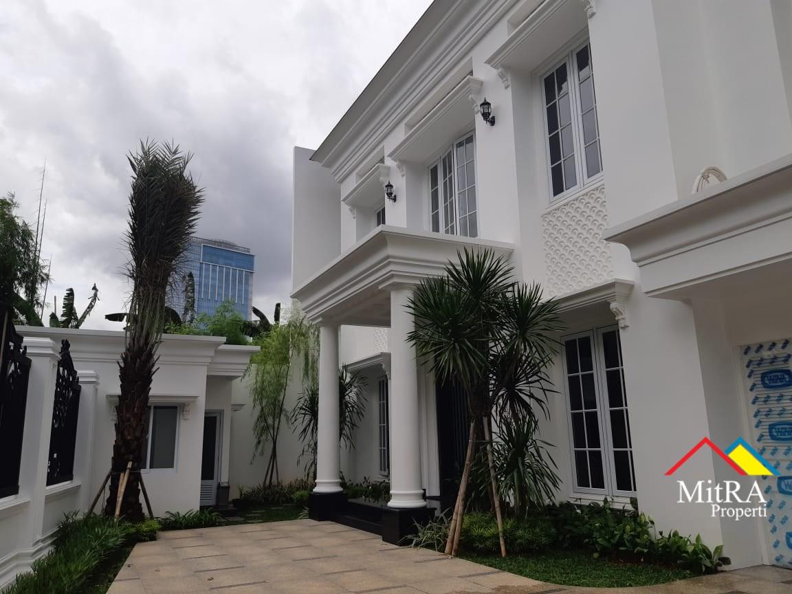 Rumah Super Mewah Classic di Pondok Indah Jakarta Selatan - 2