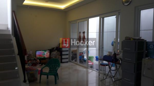Dijual rumah Modern di kawasan Premium Selatan Jakarta - 3