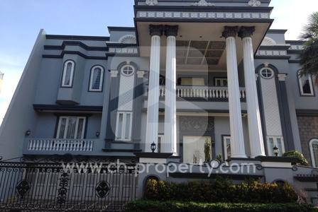 Rumah Hook Mewah 2 Lantai di Kelapa Gading Jakarta Utara, 2 Lantai , Listrik 22,000 Watt - 1