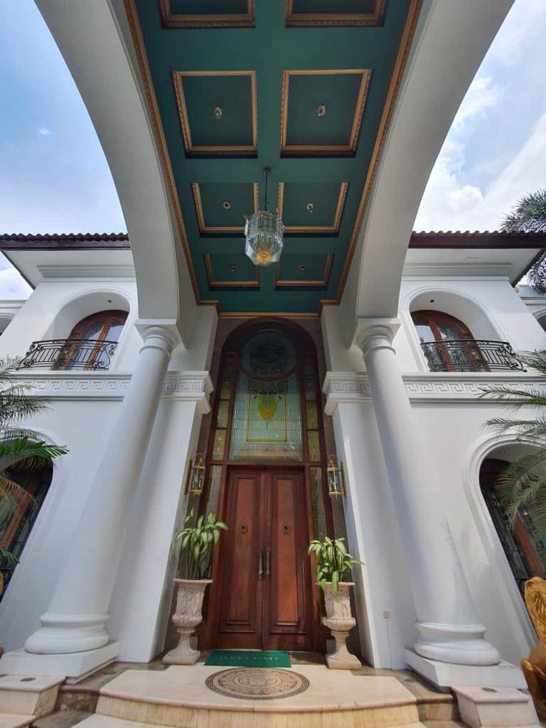 Rumah Super Mewah Bak Rumah Raja Pondok Indah Jakarta Selatan - 2