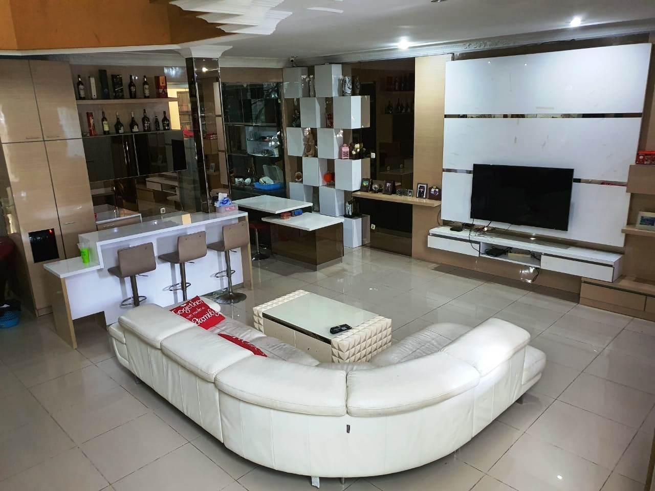 Rumah Mewah Hoek Fully Furnished Kelapa Gading Jakarta Utara - 6