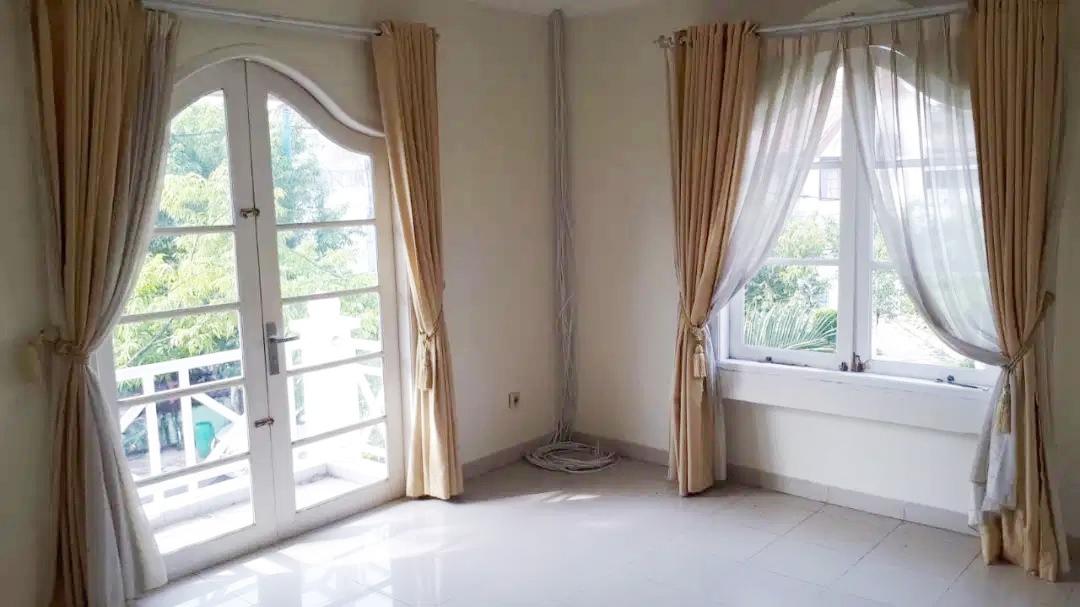 Rumah Dijual Cepat Dekat Mall Lippo Cikarang dan Waterboom Lippo Cikarang Bekasi - 10