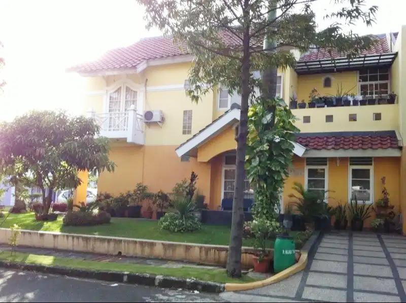 Rumah Dijual Cepat Dekat Mall Lippo Cikarang dan Waterboom Lippo Cikarang Bekasi - 1