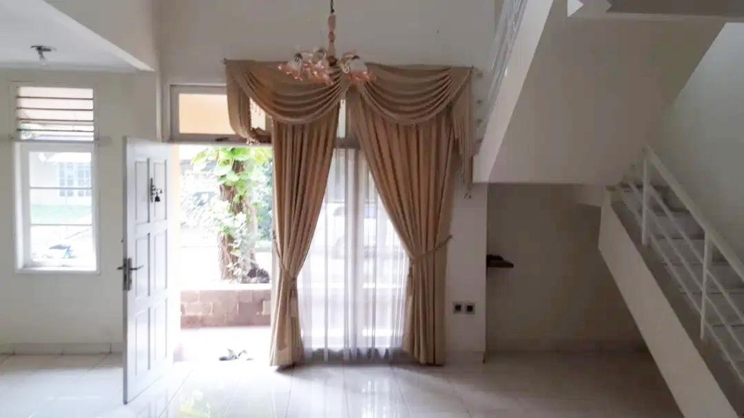 Rumah Dijual Cepat Dekat Mall Lippo Cikarang dan Waterboom Lippo Cikarang Bekasi - 8