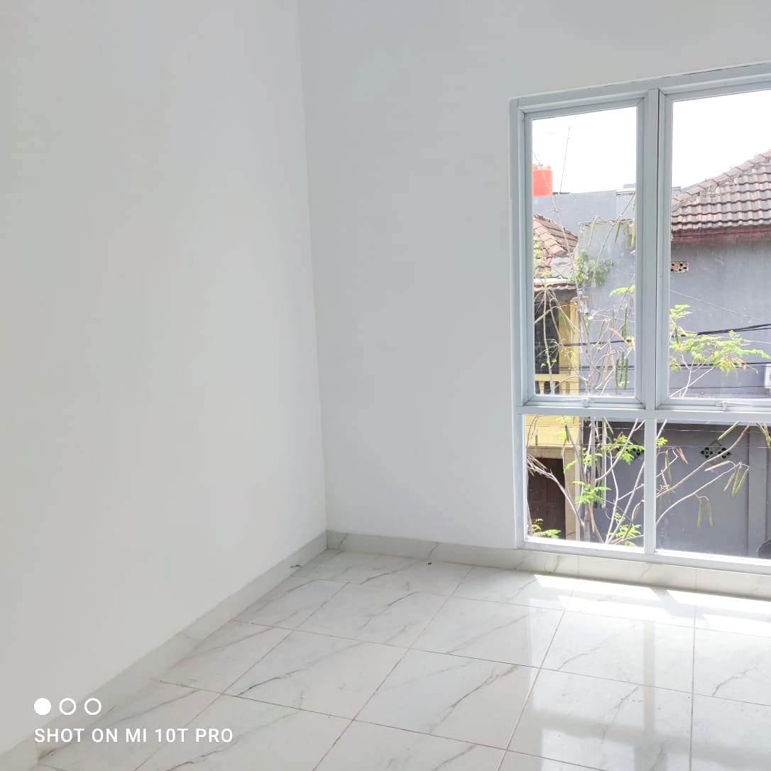 Jual Murah Rumah Baru Siap Huni Kota Harapan Indah Bekasi - 9