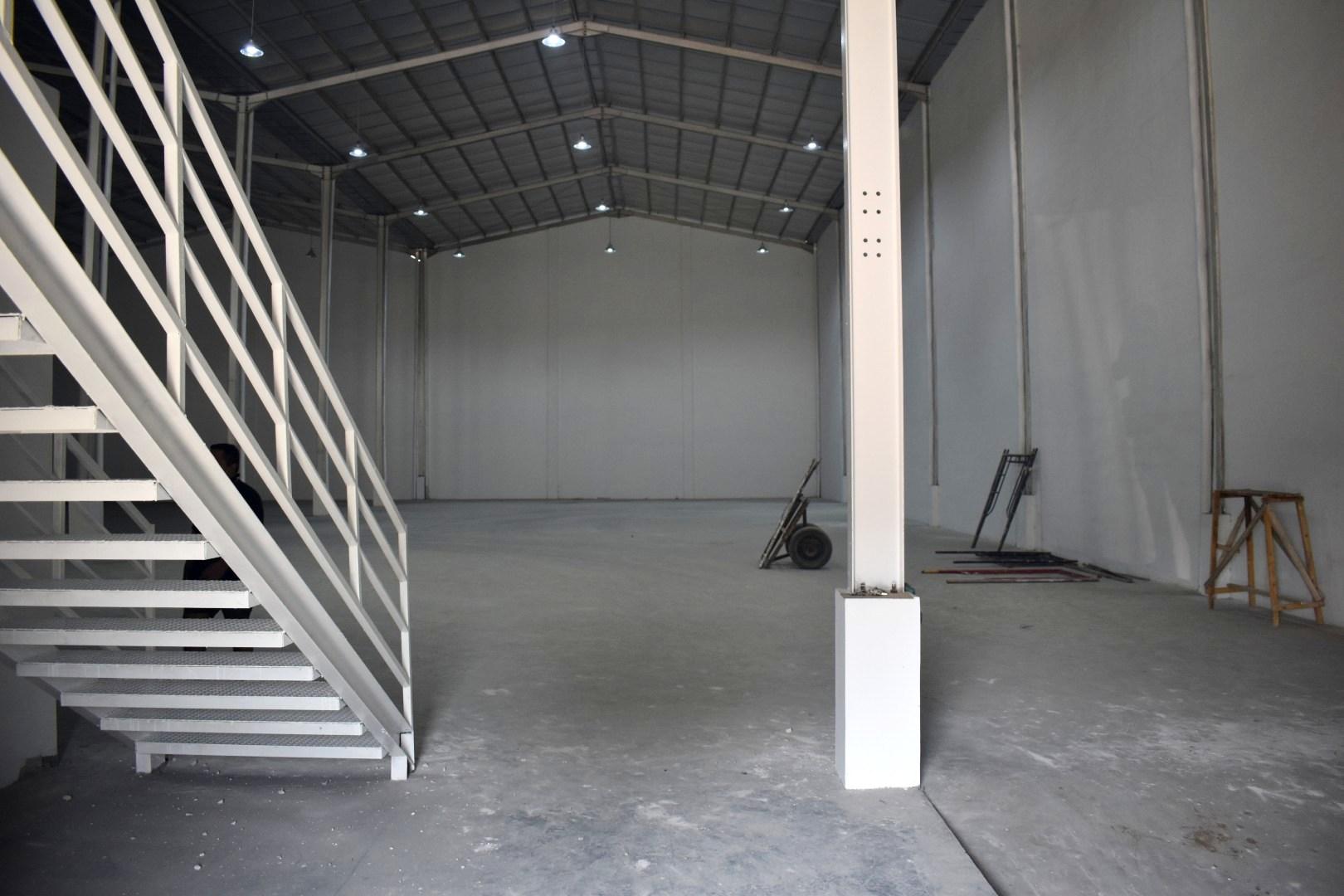 Sewa Gudang Baru Loading Dock Kawasan Industri Delta Silicon Cikarang - 4