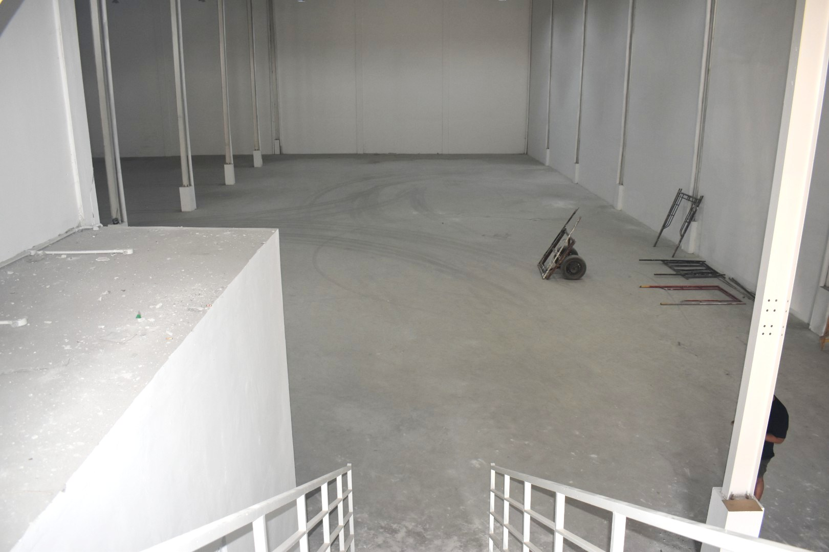 Sewa Gudang Baru Loading Dock Kawasan Industri Delta Silicon Cikarang - 8