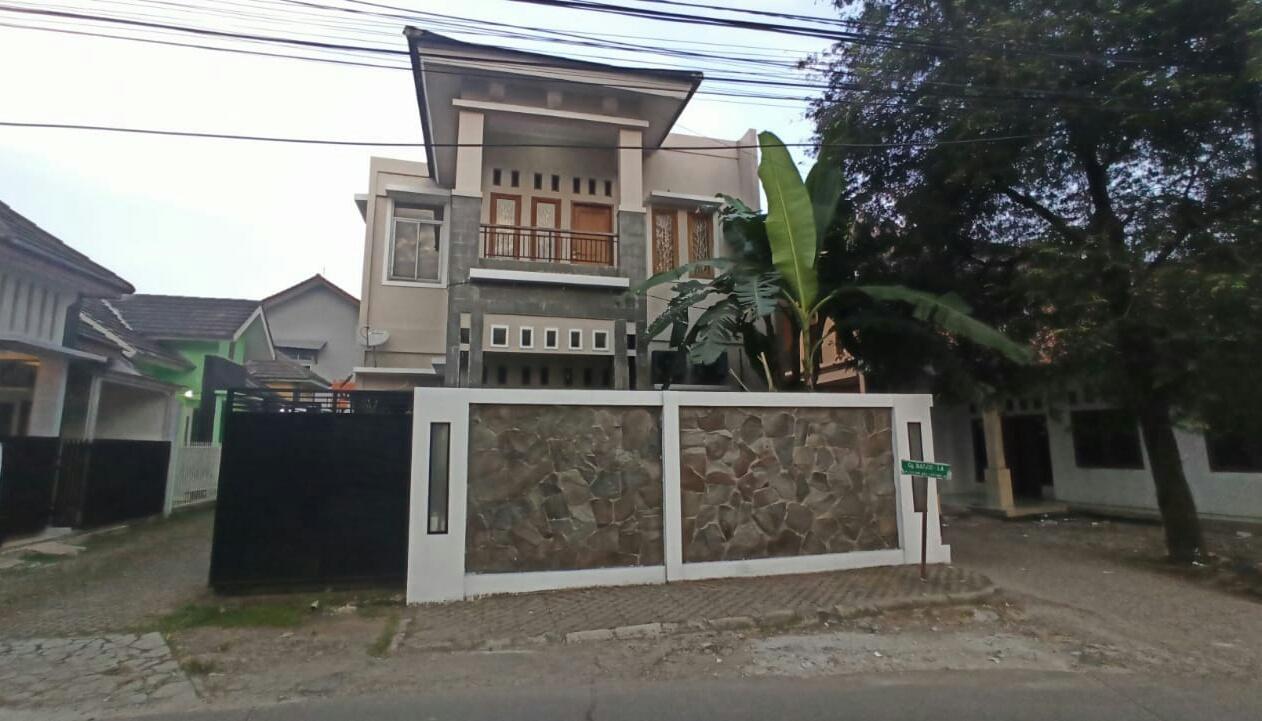 Dijual Rumah Lokasi Jati Melati Bekasi - Dekat Tol Jati Warna - Bebas Banjir - 1