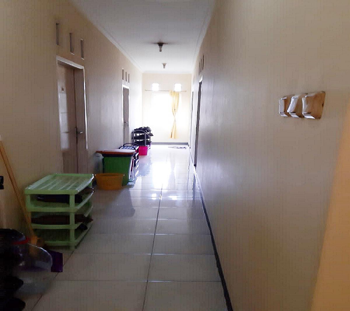 Dijual Rumah Kost 16 Kamar dan Salon di Jatiwarna Kota Bekasi Dekat Taman Mini - 7