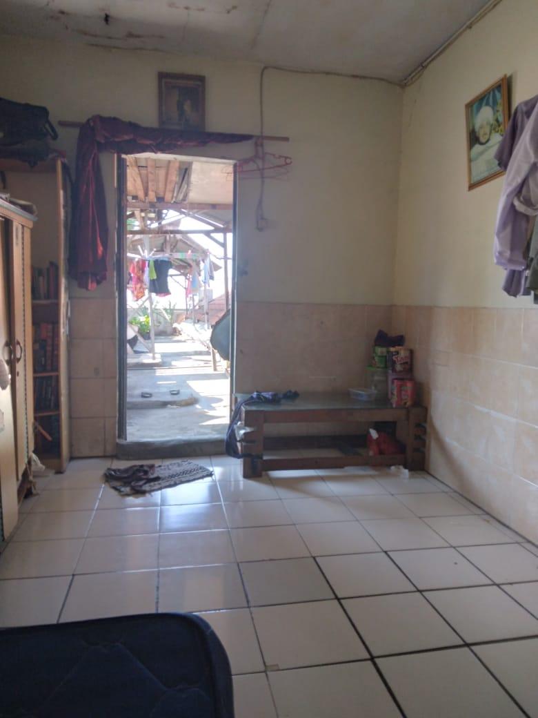Dijual Cepat !! Rumah seken dikawasan Komersil pinggir jalan raya  Petukangan Utara, Jakarta Selatan - 6